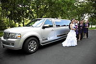 customerGallery_suv_limousine_wedding