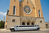 customerGallery_hummer_limousine_wedding_church